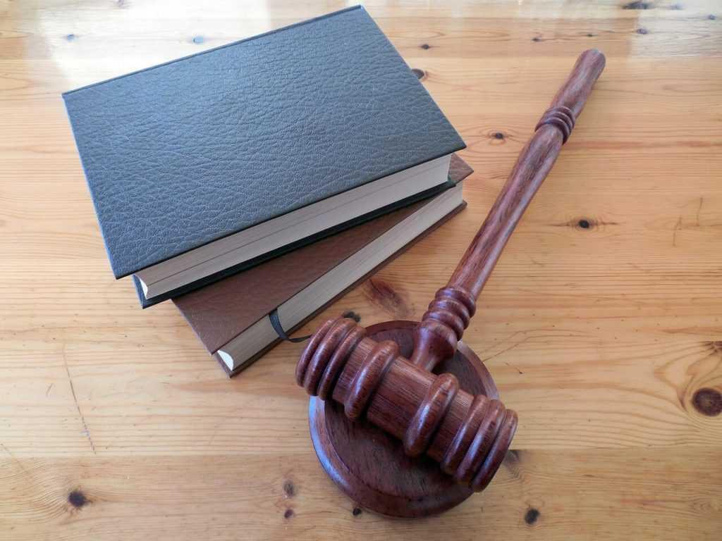 כיצד בוחרים עורך דין פלילי?