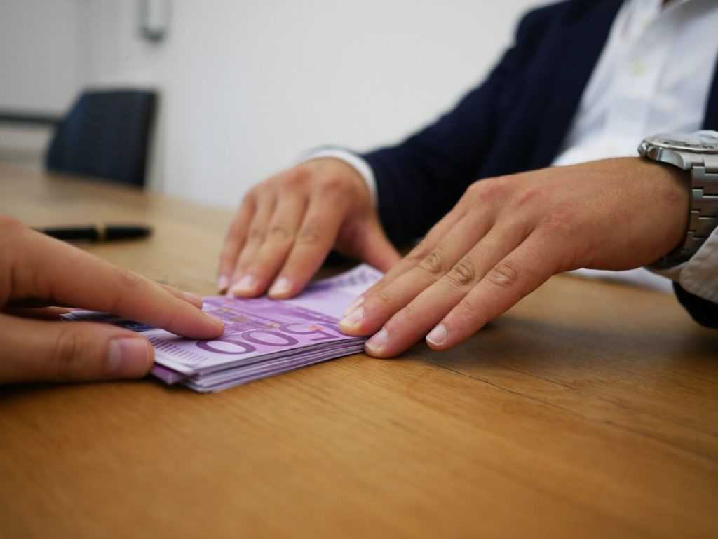 לוקחים הלוואה מחוץ לבנק? היזהרו משוק אפור והסתבכות בפלילים